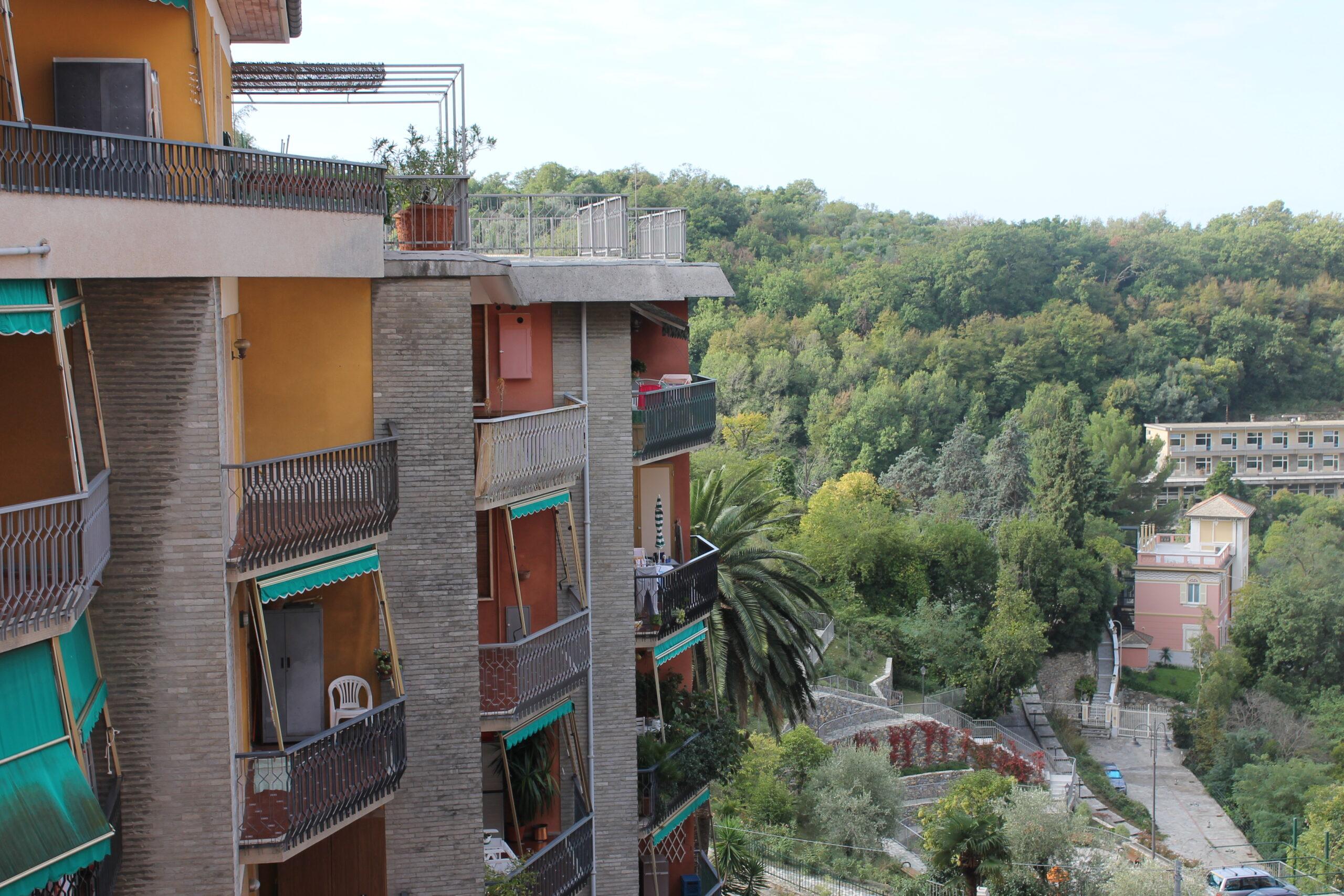 Camogli – Via Castagneto vani 5 mezzo mq. 60