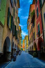 Chiavari – Via Vittorio Veneto vani 9 mq 200 ampia balconata