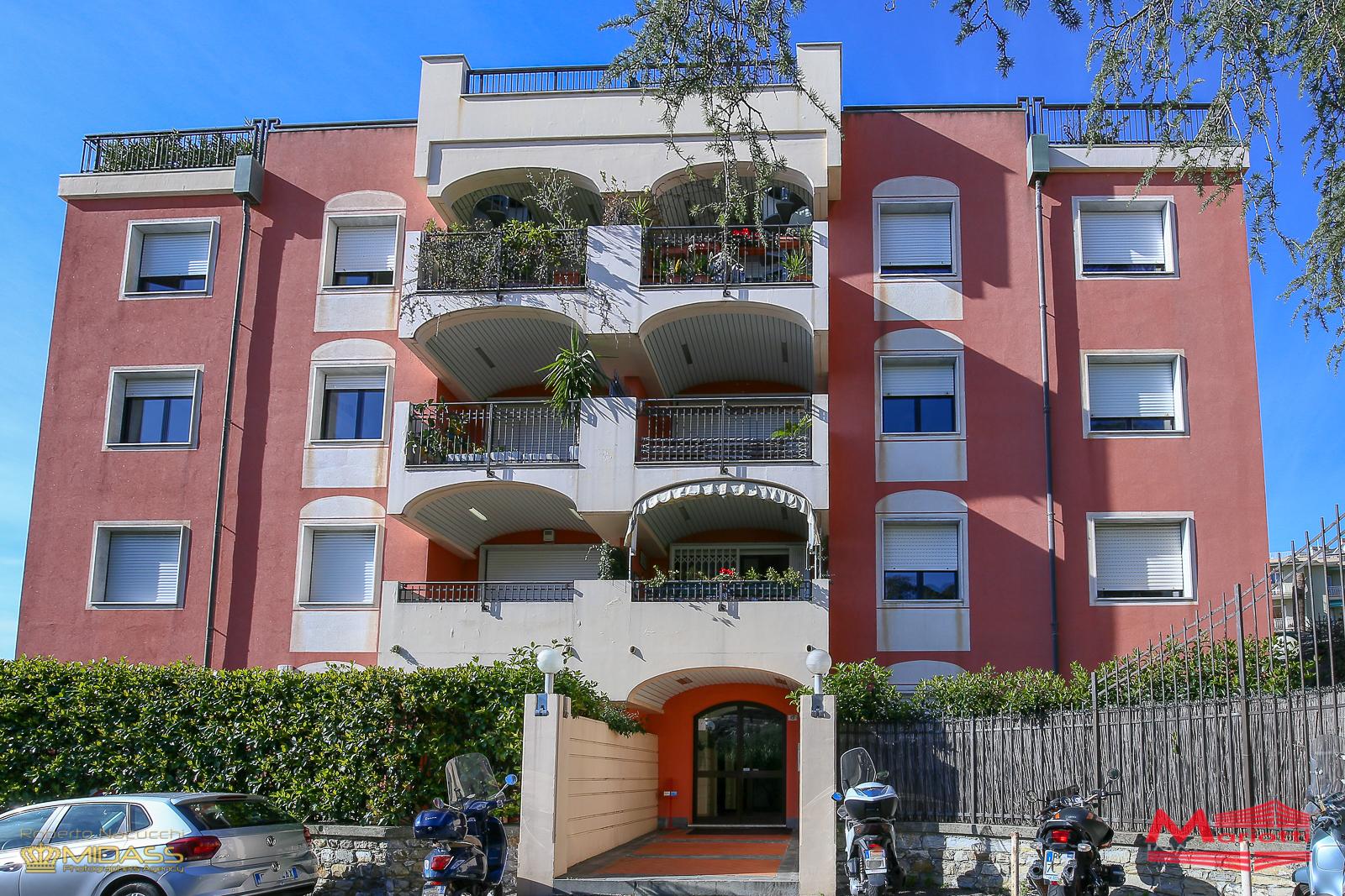 Quarto – Via Pianeletti vani 7 mq. 115